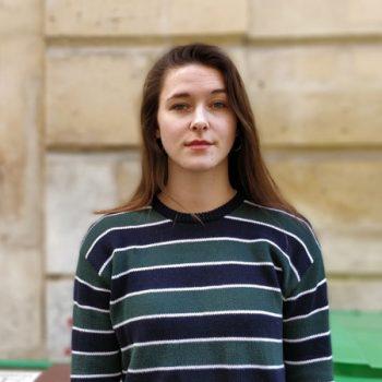 Portrait Lara Bullens